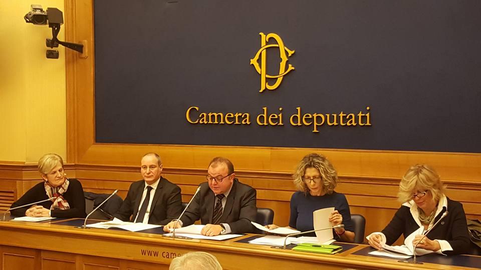 Proposta di legge per l'istituzione della Giornata nazionale della dignità della persona.